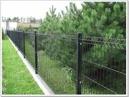 V Mesh Fencing in Black